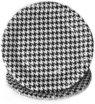 9 inch Houndstooth Plates