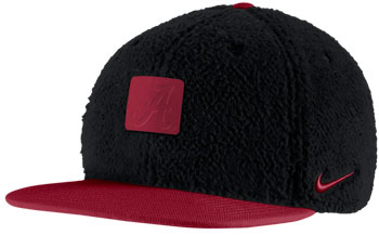 NIKE U Pro Sherpa Adjustable Cap